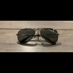 Toddler Ray Ban's classic sunglasses